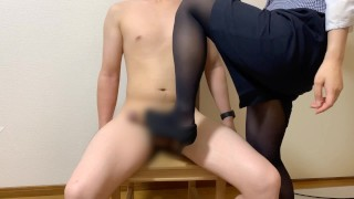 Mom Ass  : japanese office worker high heel and pantyhose footjob